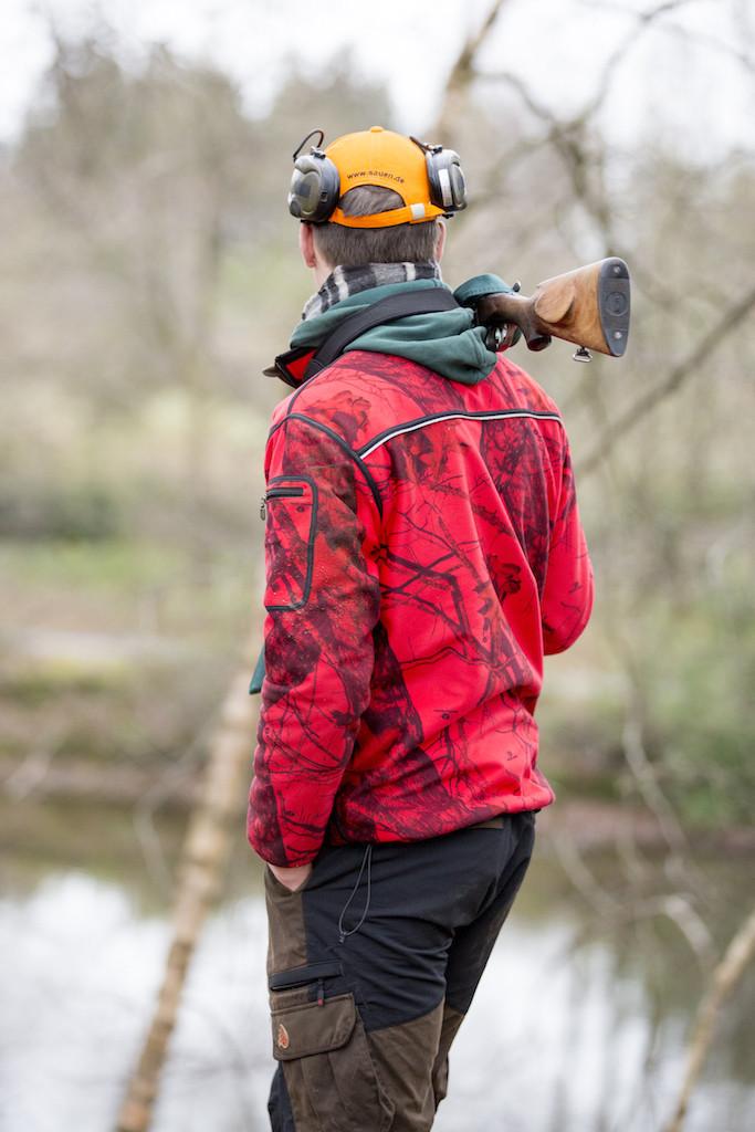 Sieht gut aus, hält warm und bietet genug Platz für Munition, Messer und was man sonst am Mann hat ©Pauline v. Hardenberg