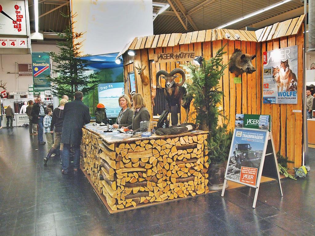 Am JÄGER- Stand können Sie mit dem Redaktionsteam und den Wilddieben ins Gespräch kommen.