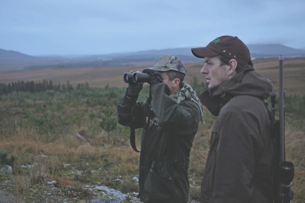 Höhen und Täler: Deerstalking ist anstrengen- des Jagen, und man muss weit abglasen. ©Lucy Martens
