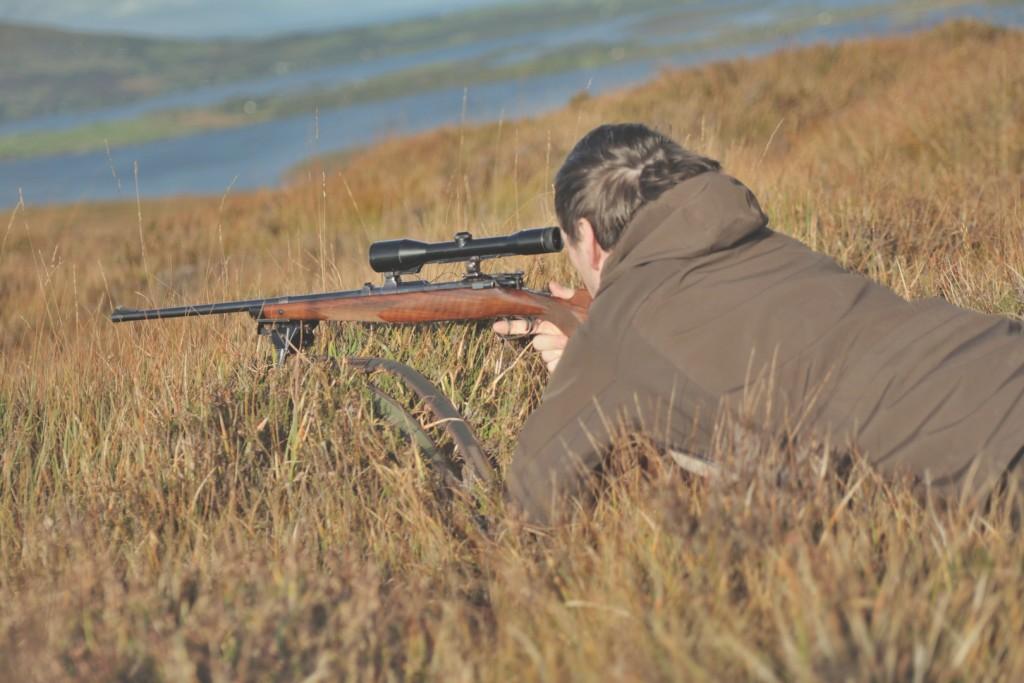 Konzentration mit knurrendem Magen: In Irland ist jagen noch weitestgehend Fleischbeschaffung. ©Lucy Martens
