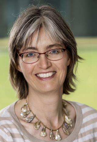 Dr. Anne Balkema-Buschmann, Leiterin des Nationalen Referenzlabor für Transmissible Spongiforme Enzephalopathien (TSEs) am Friedrich-Loeffler-Institut ©FLI/DJV)