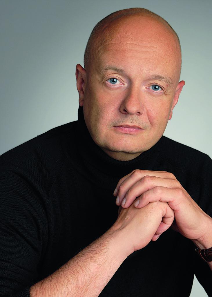 Dr. Florian Asche