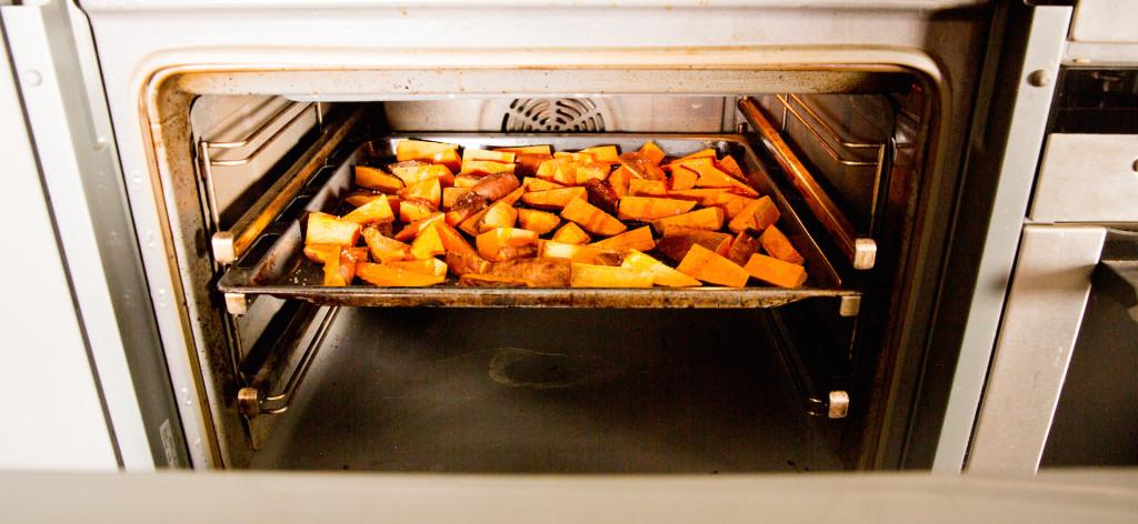 Süßkartoffeln zum Burger ©Pauline von Hardenberg