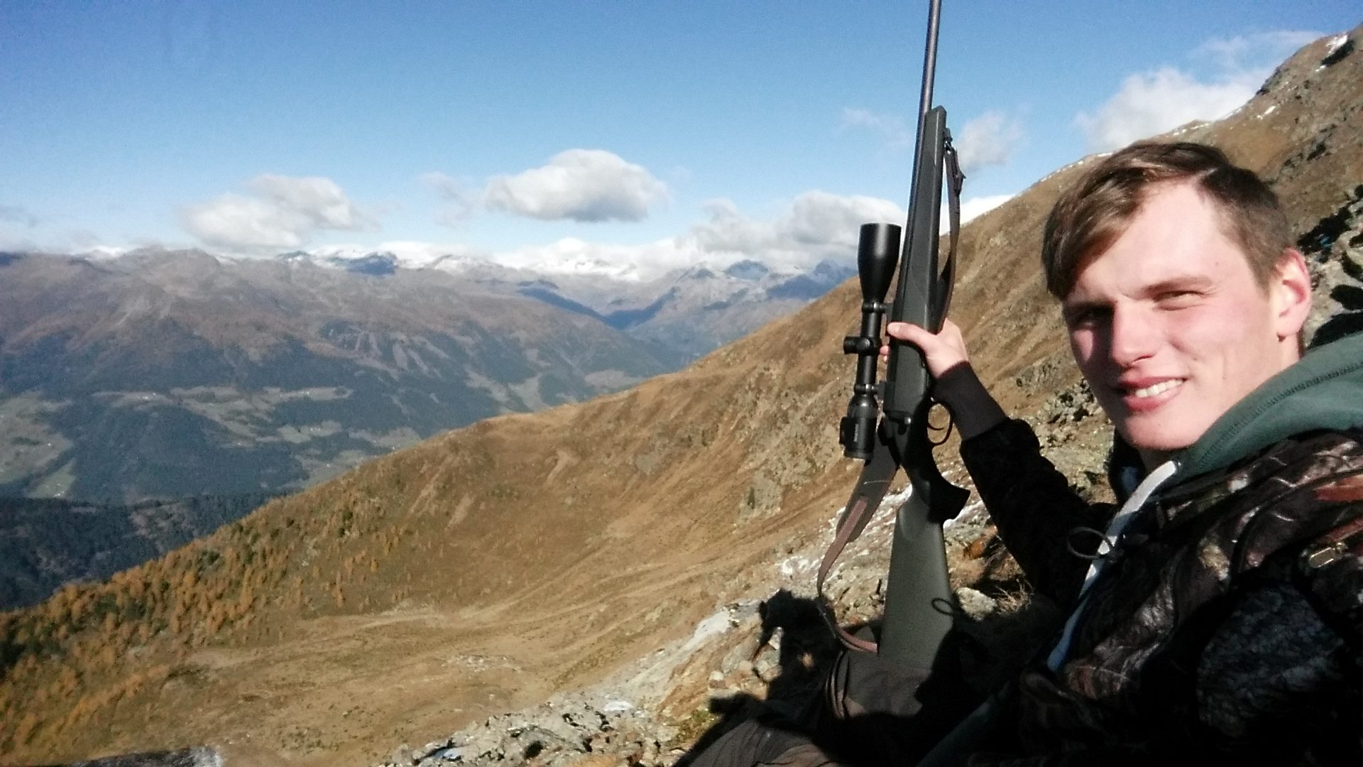 Wir mussten sehr weit über der Baumgrenze auf das Gamswild jagen Jagd jagen jäger jaegermagazin Gamsjagd Wilddiebe