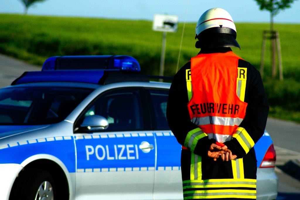 Tödlicher Wildunfall Unfall Polizei Feuerwehr